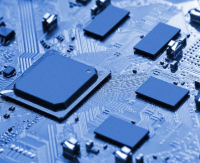 集成电路和软件是信息产业的核心,是引领新科技革命...