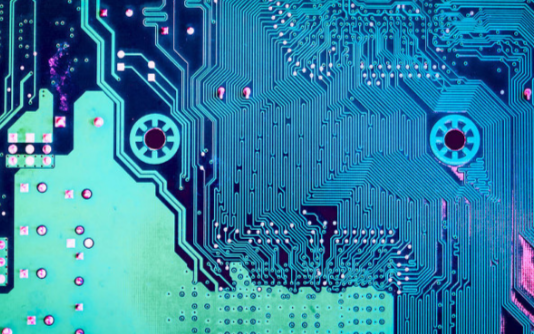 Linear集成数字电源系统管理的µModule稳压器