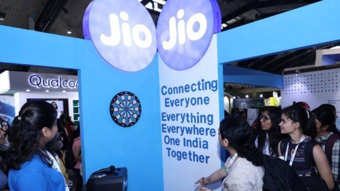 Jio平台将信实电信的移动基站铁塔以及骨干光纤网络收入囊中?