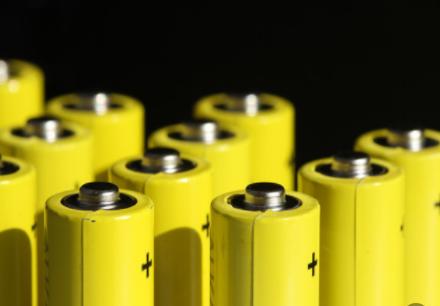美国和英国锂的发现将促进电池原材料成本降低和供应链多元化
