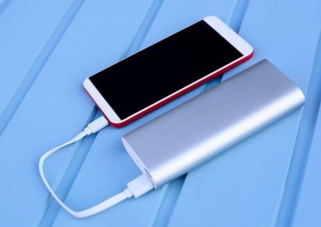 华为智能手机应选择什么样的快充便携充电宝?