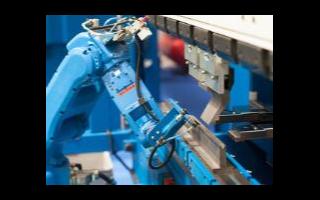 中國工業機器人新秀崛起,2019年首次工業機器人超越法國
