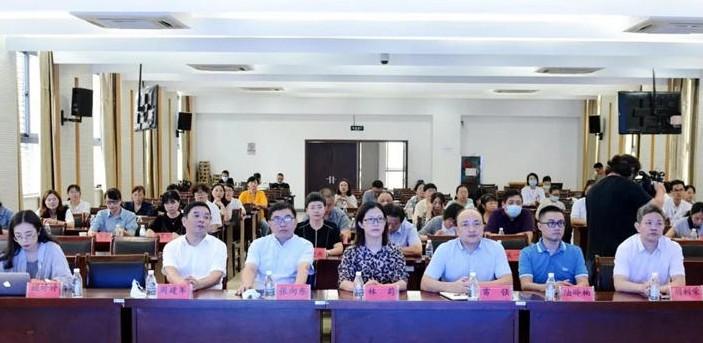 丽水市妇幼保健医院联合中国移动共同打造移动5G+...
