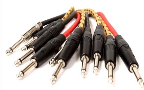 网线 PK 光纤,探讨各自无可替代的特色有哪些?