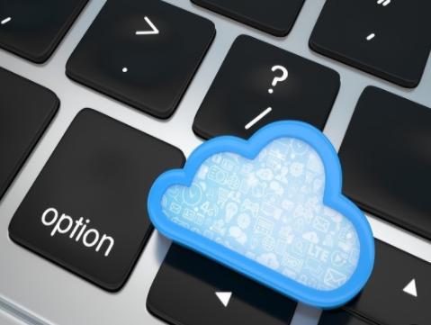 亚马逊AWS:目前已有超过30万个数据库放弃Oracle迁移到AWS云平台