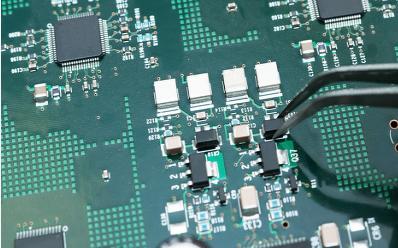 硬件失效的主要原因是什么