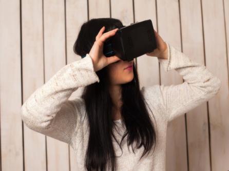 索尼将为苹果头戴式设备供应微型显示屏,或将明年推出