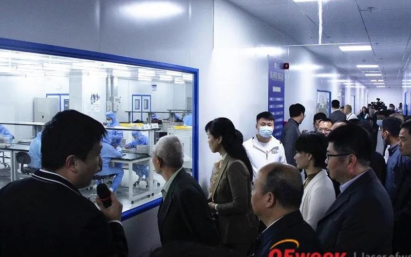 大科激光在长沙新厂举办了万瓦级光纤激光器产线投产仪式