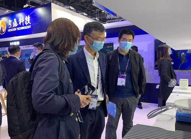 亨鑫科技研发的微基站垂直行业解决方案与5G轨道覆盖面积解决方案的区别