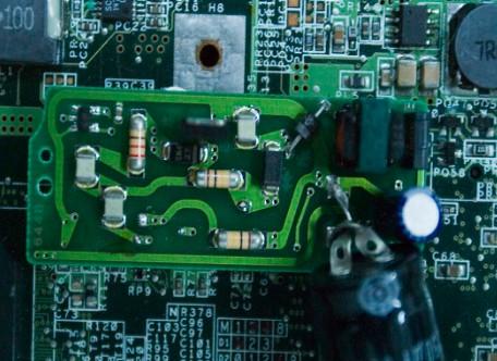 """芯英科技研发""""伏羲""""芯片,能耗仅为进口芯片的10%"""