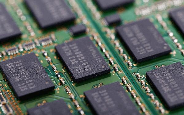 太强了!国际大厂3D NAND明年将达176层,国产QLC跻身第一梯队!