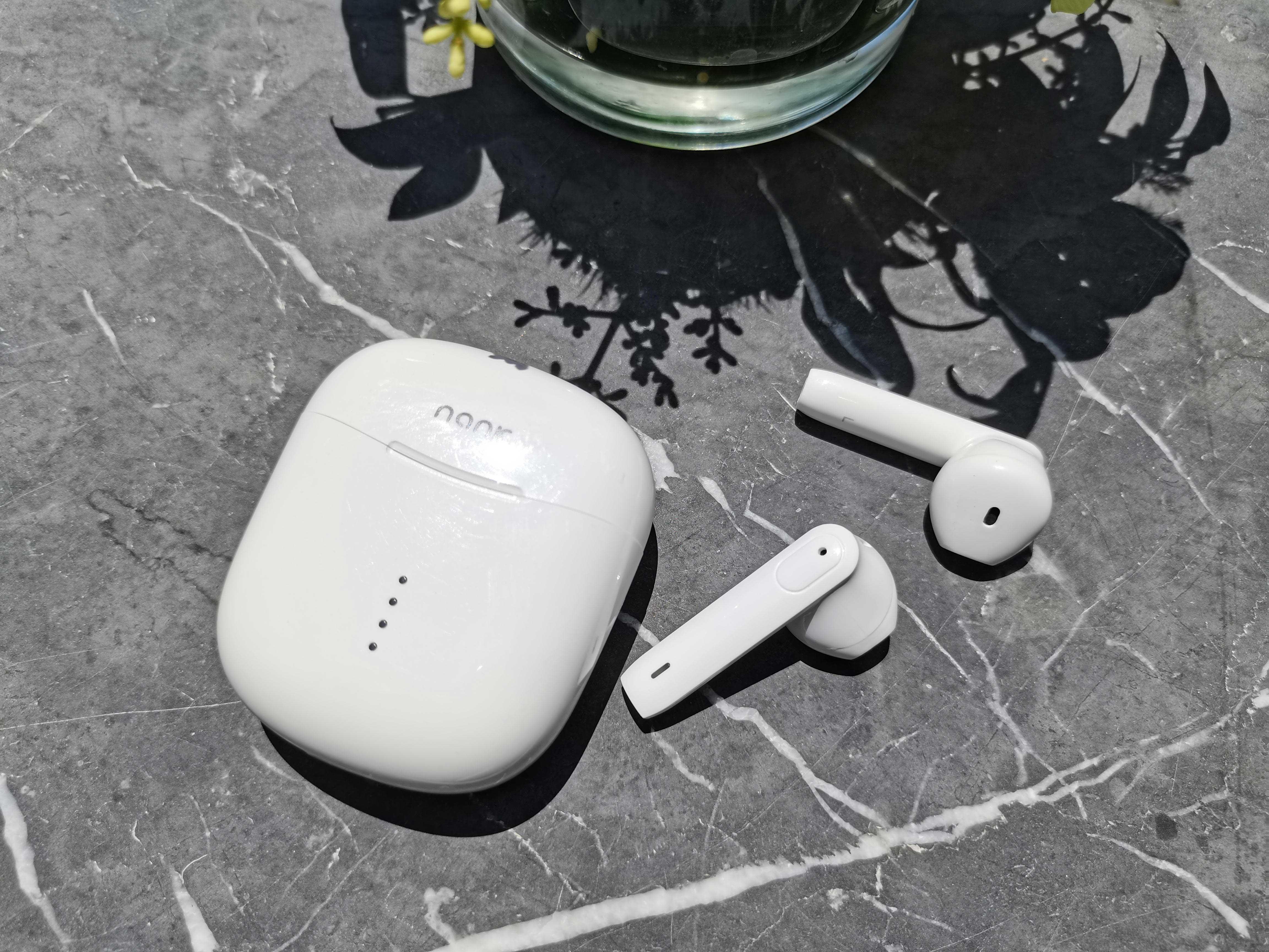 蓝牙耳机什么牌子的音质好,500左右性价比高的蓝牙耳机