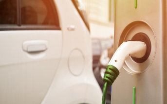 富士康布局电动汽车,在2025至2027年间将占据市场10%份额