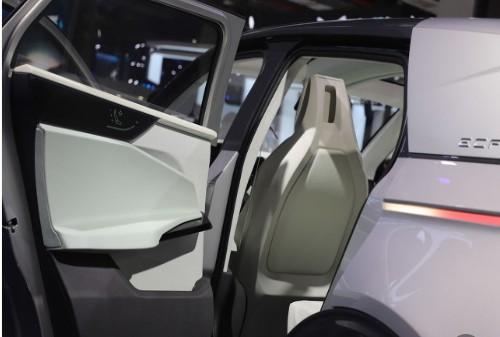 建立新能源汽车全国统一的市场需要打破的壁垒有哪些?