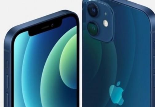 iPhone 12系列屏幕相比上一代更加纤薄