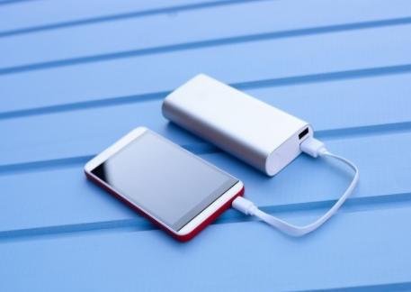 华强北再迎传奇,已破解iPhone 12的MagSafe技术