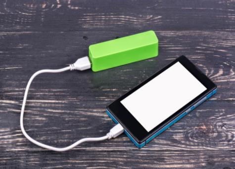搭载石墨烯技术,小米10至尊版使用两年后电池容量仍在90%以上