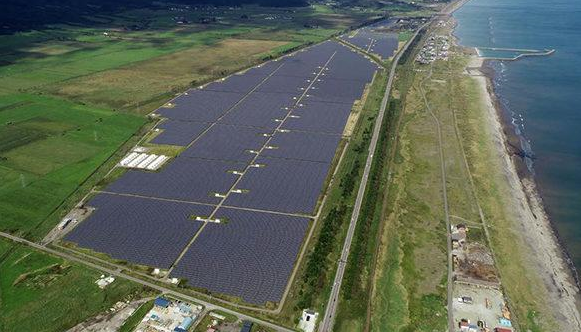日本最大的太阳能加储能工厂已正式投入使用,但电网...