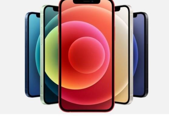 由于缺货,现在 iPhone 12 Pro 128GB 版本现货要拿至少加价一千