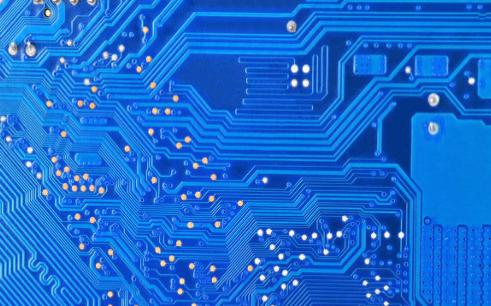 TDA2004功率放大器的PCB原理图免费下载