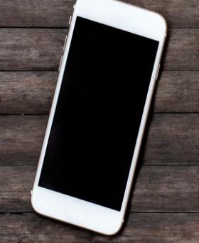 iPhone12相比于iPhone11缩水严重