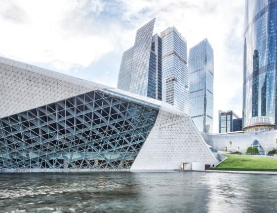 马来西亚在建立智慧城市方面正在取得哪些积极进展?