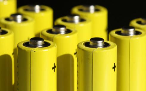 燃料电池与普通蓄电池到有什么区别