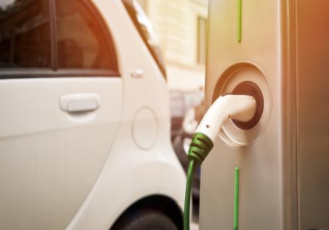 特斯拉频繁降低汽车价格和提高软件价格,旨在提高利润