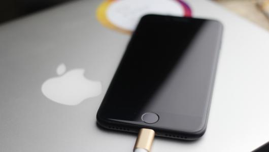 iPhone12不附赠充电器,给电源芯片厂商带来1500亿大蛋糕!