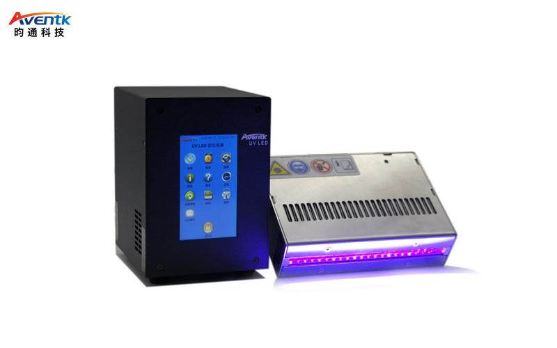教大家如何选择一款好的混波段UVLED固化机