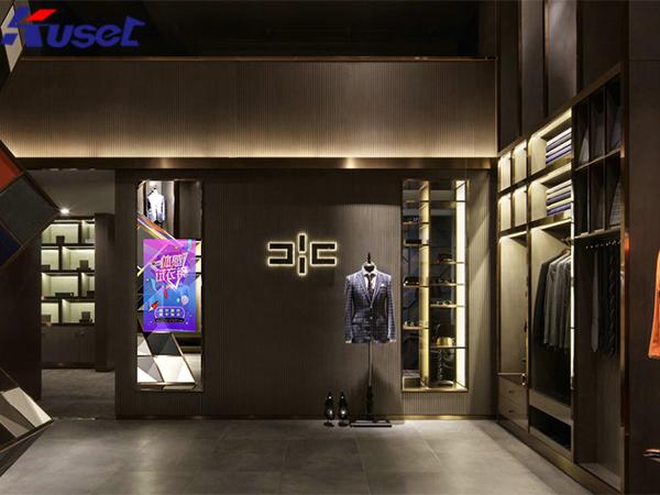 服装店领域的最新产品亮相,体感试衣镜将带来什么惊...