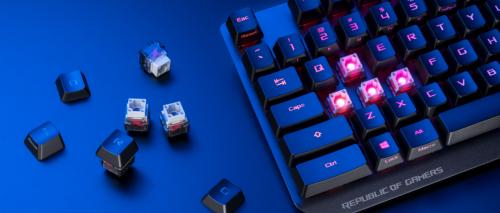 ROG推出了全新自研光轴的ROG游侠RX机械键盘