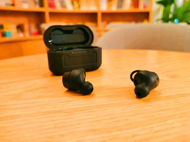 无线耳机哪个牌子好性价比高?500元真无线蓝牙耳...