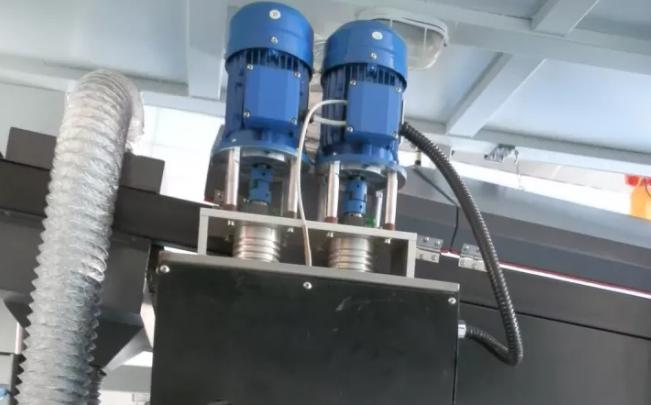 波峰焊锡炉的工作原理及其优势的介绍