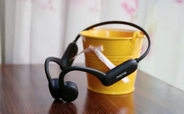 新年礼物买什么好,国产黑科技骨传导耳机运动党福音推荐
