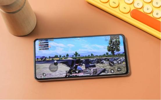 高通驍龍888集成5G基帶:持續穩定的游戲體驗