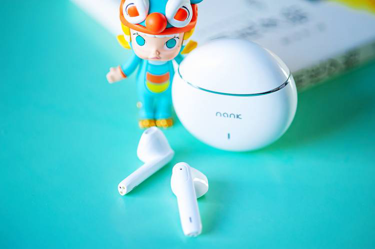 哪款无线蓝牙耳机适合春天运动跑步?颜值比较高的女生蓝牙耳机推荐!