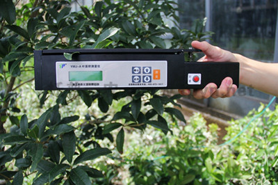 通过叶面积测定仪可获得作物的生长情况