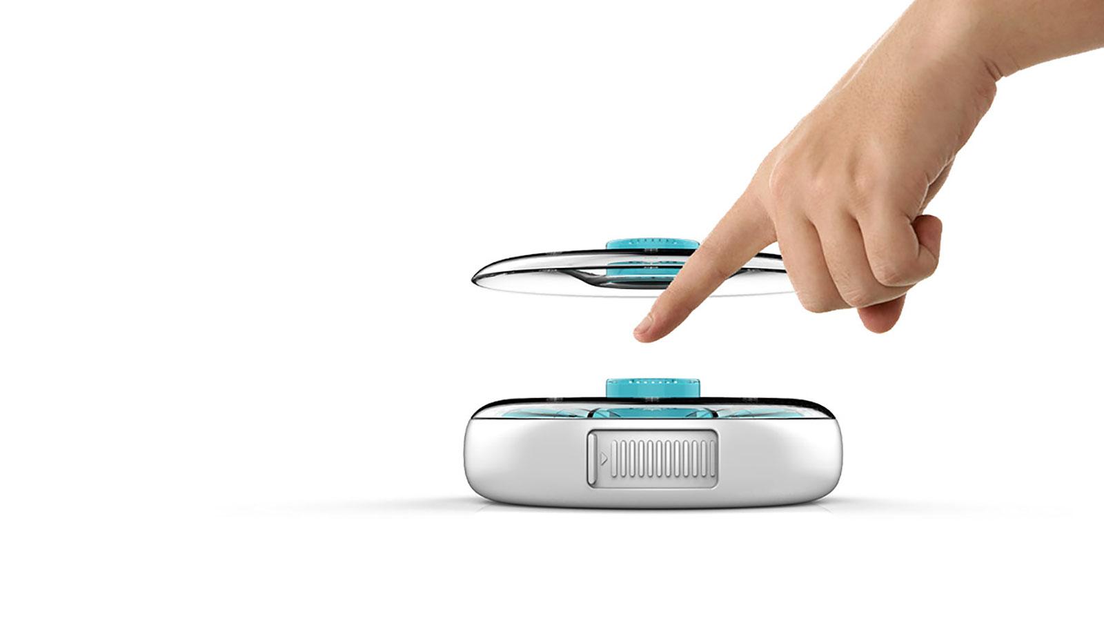 便攜式智能藥盒的電池容量大、續航時間長、使用非常便捷