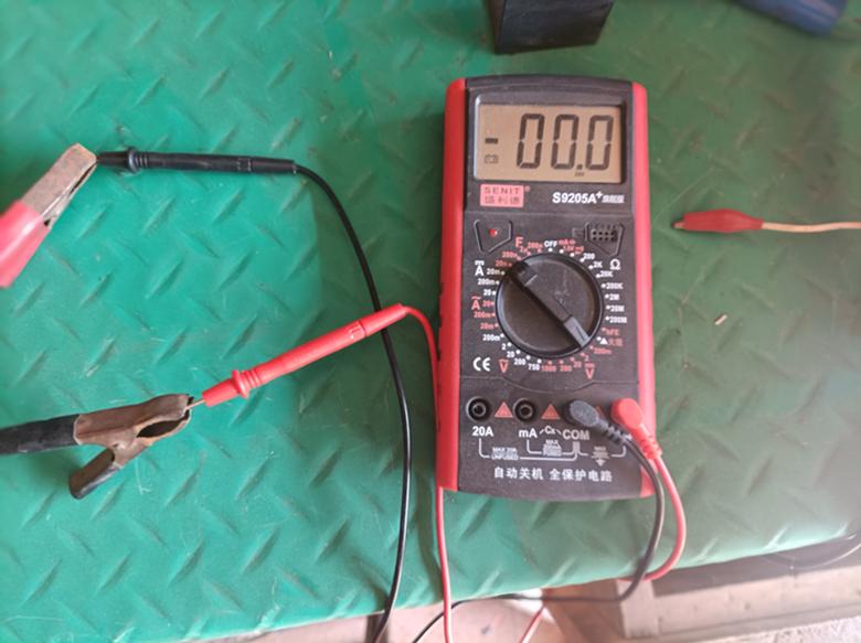 浅谈电瓶修复技术之实际测量中的怪现象