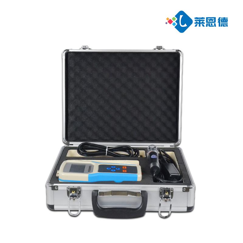 土壤水分温度盐分ph测定仪的强大功能优点