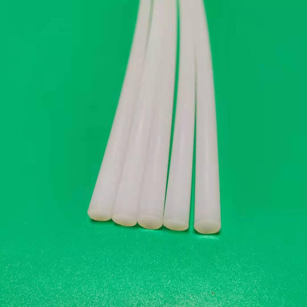 铁氟龙管是什么材料 论pfa棒铁氟龙棒应用领域的优势