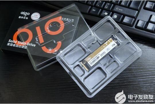 帶你揭秘PCIe4.0 :aigo國民好物固態硬盤P7000初體驗