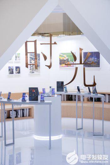 vivo联合天猫超品日共同打造X70系列城市影像...