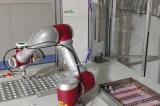 节卡机器人涂胶解决方案优势在于节省人力成本和耗材成本