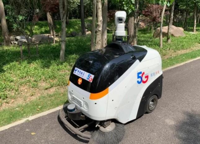 """上海电信与宝钢合作""""5G +重载AGV公路无人驾驶"""""""