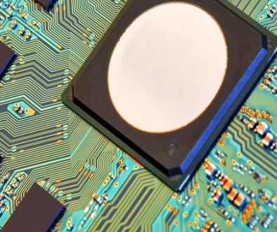 芯片产业三足鼎立的局势初现