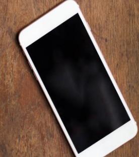 iPhone 12 Pro max即将到来,挑战华为绝唱?