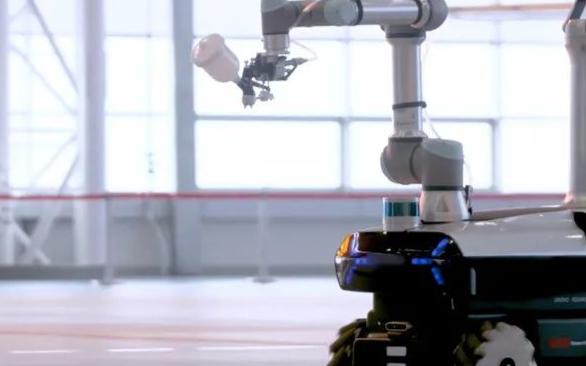 联想首款自研工业机器人:晨星工业机器人,为国产大飞机的制造而工作