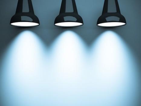 小间距LED、LCD、DLP产品都有什么特点?
